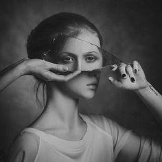 Autoritratto in uno specchio - Fotografia di Paul Apal'kin