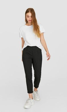 Striped slim fit tailored trousers in Stradivarius for only € available for a limited time. null for women always on trend, come in and find out now! Tailored Trousers, Trousers Women, Parachute Pants, Harem Pants, Normcore, Slim, Fashion Outfits, Fitness, Clothes