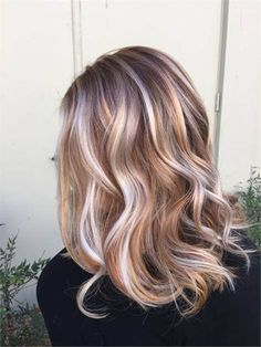 Irish Cream | 10 Bombshell Blonde Highlights On Brown Hair