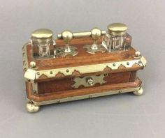 Antique-Victorian-Tiger-Oak-Double-Inkwell-w-Nickel-Plated-Brass-Accents