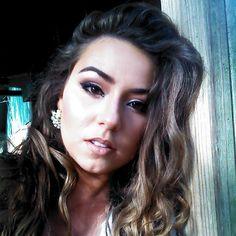 makeup Casual Makeup, Gorgeous Makeup, Red Lipsticks, Makeup Ideas, Makeup Looks, Mac, Hair Beauty, Make Up, Nails