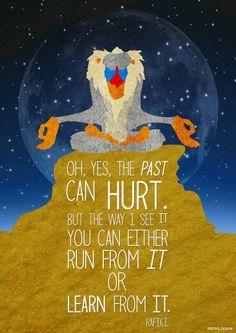 """Oh, sì, il #passato può far male.  Ma, in ogni modo si può sia #scappare da esso che #imparare da esso."""" Il #Saggio #Rafiki dal Film - #IlReLeone -"""