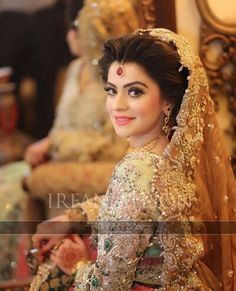 Tips For Planning The Perfect Wedding Day – Divine Bridal Nikkah Dress, Pakistani Wedding Dresses, Pakistani Bridal, Bridal Dresses, Pakistani Makeup, Indian Bridal, Wedding Looks, Bridal Looks, Bridal Style
