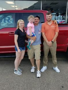 The Neil's with their Sales Associate, Dakotah Grimmet. This is Dakotah's 1st vehicle sell ever!!! 😃👍