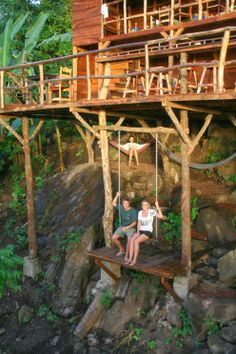 In this Treehouse Swing in Granada, Nicaragua