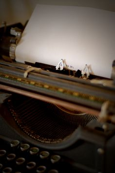 Love these old typewriters my first story was written on one almost 13 years ago