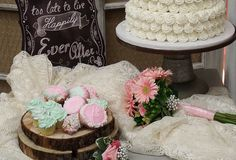 Planning a wedding? Buehler's offers wedding catering, flowers, and cakes! Let Buehler's Catering help make your special day deliciously easy! Traditional Wedding Cakes, Gourmet Cupcakes, Bakery Cakes, Wedding Desserts, Wedding Catering, Dessert Bars, Special Day, Donuts, Cake Decorating
