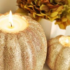 Looking for ways to take your pumpkins from jack-o-lantern to just plain fabulous? Right on time for the return of the pumpkin spice latte, we've got your guide for all things stylish + pumpkin . . .