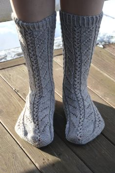 KARDEMUMMAN TALO: Vanha Ingel High Socks, Fashion, Moda, Thigh High Socks, Fashion Styles, Stockings, Fashion Illustrations
