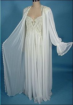 1980's JONQUIL White Sheer Nightgown and Matching Robe Wedding Peignoir