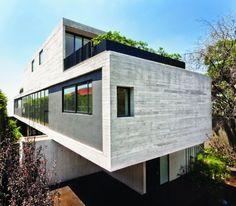 Maruma House / Fernanda Canales | ArchDaily