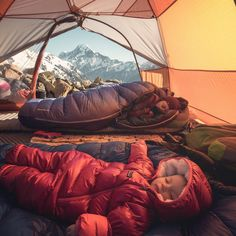 RV And Camping. Great Ideas To Think About Before Your Camping Trip. For many, camping provides a relaxing way to reconnect with the natural world. If camping is something that you want to do, then you need to have some idea Camping And Hiking, Camping Life, Camping With Kids, Family Camping, Camping Hacks, Backpacking, Camping Baby, Outdoor Camping, Camping Outdoors