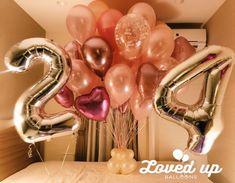 大人の女性向け!お誕生日サプライズ!ホテルの客室をピンクとシルバーのバルーンで飾り付け♪ 出張バルーンデコレーション専門サービス|Loved up balloons