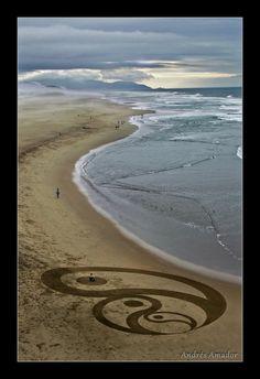 Hot Sand Art by Andres Amador & Jim Denevan