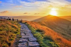England in Pictures: 20 Beautiful Places to Photograph | PlanetWare Blue John Cavern, Motte And Bailey Castle, Scenic Photography, Aerial Photography, Night Photography, Photography Tips, Landscape Photography, Mountain Sunset, Peak District