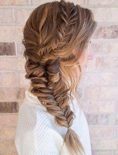 Peinado. Trenza de pescado/ Con cabello largo.