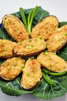This vegan Healthy Twice-Baked Potatoes recipe is so much healthier that traditional twice-baked potatoes. It's dairy-free, oil-free, gluten-free—and includes high-fiber cannellini beans. Vegan Baked Potato, Baked Potato Recipes, Skillet Recipes, Vegetarian Recipes, Healthy Recipes, Tuna Recipes, Pizza Recipes, Healthy Food, Twice Baked Potatoes