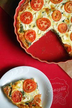Kuchnia Bazylii: Tarta ze szpinakiem, fetą i pomidorami