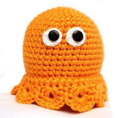 Crochet Jellyfish, Shirt and PacMan - Been Busy! Crocheted Jellyfish, Knit Crochet, Crochet Hats, Fiber Art, Beanie, Knitting, Party, Recipes, Kids