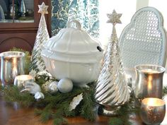 Classic Silver and White Christmas Table Decor : Decorating : Home & Garden Television