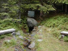Olavskjelda, Valdres, på vei over til Land, Oppland. Geocaching, Hunting, Around The Worlds, Plants, Plant, Fighter Jets, Planets