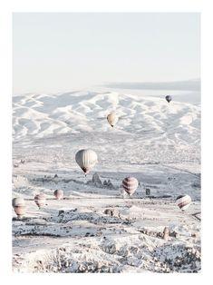 Winter hot air balloons poster - 30x40