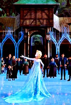 Yay Elsa is back at Erendal Frozen And Tangled, Frozen Heart, Elsa Frozen, Disney Dream, Disney Love, Disney Magic, Disney And Dreamworks, Disney Pixar, Walt Disney