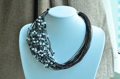 BLACK BLACK with Pearls Necklace от Cynamonn на Etsy