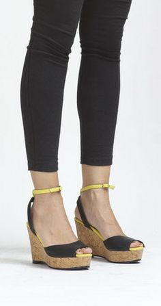 Just discovered this all vegan/ethical line of shoes and handbags. Cri de Coeur