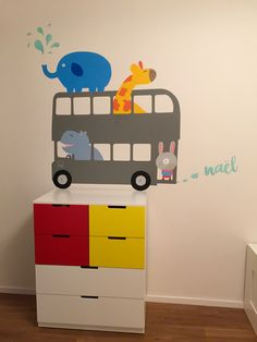 Easy healthy breakfast ideas on the good day song Mural Painting, Paintings, Good Day Song, Zoos, Easy Healthy Breakfast, Decoration, Toy Chest, Storage Chest, Furniture