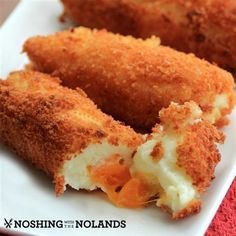 Cheesy Mashed Potato Croquettes #SundaySupper Recipe Side Dishes with mashed potatoes, cheddar cheese, eggs, panko breadcrumbs, salt, pepper, garlic salt