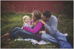 Lindsay Sage Photography, family photography, family posing, natural light, fall photography, ohio photography, wadsworth ohio
