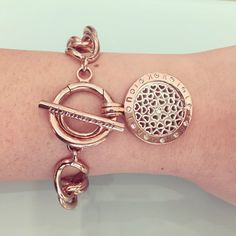 "Beautiful fan pic by Kazazz Jewellery! ""Stunning gold plated curb bracelet with ""Hearts all over"" Nikki Lissoni coin."" -xx-"