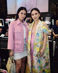 Lux Fashion, Dior Fashion, Asian Fashion, Fashion Outfits, Fashion Styles, Heart Evangelista Style, Aesthetic Women, Europe Fashion, Baby On The Way