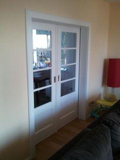 schiebetür zwischen küche und wohnzimmer - blick vom wohnzimmer, Wohnzimmer