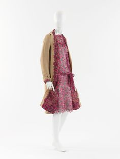 """Ensemble, Gabrielle """"Coco"""" Chanel (French, Saumur 1883–1971 Paris) for the House of Chanel (French, founded 1913): 1929, French, silk, wool."""