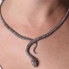 Gargantilha de Prata Cobra com Marcassita - 35021