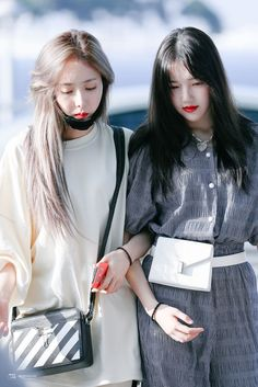 South Korean Girls, Korean Girl Groups, Sinb Gfriend, G Friend, Yuri, Ulzzang, Kpop, Photoshoot, Couples