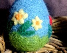 Items similar to Easter Egg,Needle felted egg,Spring Ornament,Needle Felted Easter Egg with Flowers,Miniature Original Art on Etsy Roving Wool, Spring Sign, Etsy Uk, Mulberry Silk, Felt Crafts, Needle Felting, Vivid Colors, Special Gifts, Easter Eggs