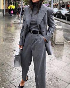 Blazer / Street Style / Fashion Week - Edeline Ca. - Oversized blazer / street style / fashion week – -Oversized Blazer / Street Style / Fashion Week - Edeline Ca. Blazer Fashion, Suit Fashion, Fashion Week, Work Fashion, Fashion Outfits, Fashion Trends, Fashion Clothes, Fashion Ideas, French Fashion