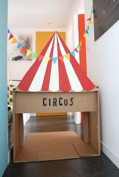 Circus crafts - 35 Easy DIY Cardboard Crafts For Kids Toys – Circus crafts Cardboard Box Crafts, Cardboard Toys, Cardboard Design, Cardboard Playhouse, Cardboard Furniture, Circus Birthday, Circus Theme, Kids Crafts, Circus Activities