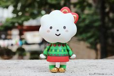 Here comes the season of joy and peace, happiness is all around us. Shining in golden ribbon and colours of Christmas Holly, Miss Rainbow is dressi. Rainbow Fashion, Designer Toys, Heart Patterns, Hello Kitty, Merry, Christmas Tree, Joy, Colours, Seasons