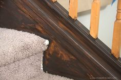How to Paint / Stain Wood Stair Railings (Oak Banisters & Spindles) WITHOUT SANDING! Painted Stair Railings, Wood Railings For Stairs, Diy Stair Railing, Painted Staircases, Painted Stairs, Interior Railings, White Banister, Oak Banister, Banisters