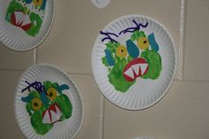 Big Scary Monster with 1 hand painted blue and 1 yellow. Rub together and you have green.   # Pin++ for Pinterest #