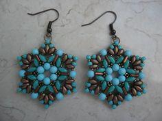 Orecchini Eliana realizzati con #superduo e #tri-beads. TUTORIAL…