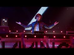 WHEN WILL THE BASS DROP? (ft. Lil Jon) 'SNL' nails everything that's wrong with EDM culture