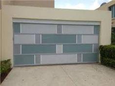 Resultado de imagen para puertas cochera modernas