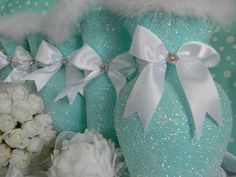 trendy cheap bridal shower decorations tiffany and co Tiffany Blue Centerpieces, Bridal Shower Centerpieces, Centerpiece Wedding, Party Centerpieces, Tiffany Party, Tiffany Wedding, Tiffany Theme, Aqua Wedding, Chic Wedding