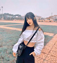 L ấ y = f o l l o w # t h ỏ My Girl, Cool Girl, Girl Korea, Strong Girls, Pretty Baby, Ulzzang Girl, Aesthetic Girl, Girl Quotes, How To Take Photos