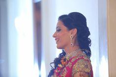 Jewellery - The Bride Anuradha! Photos, Hindu Culture, Peach Color, Bridal Makeup, Diamond Jewellery, Candid Clicks pictures, images, vendor credits - Tivoli Garden Resort Hotel, Umrao Hotels and Resorts Pvt Ltd, WeddingPlz
